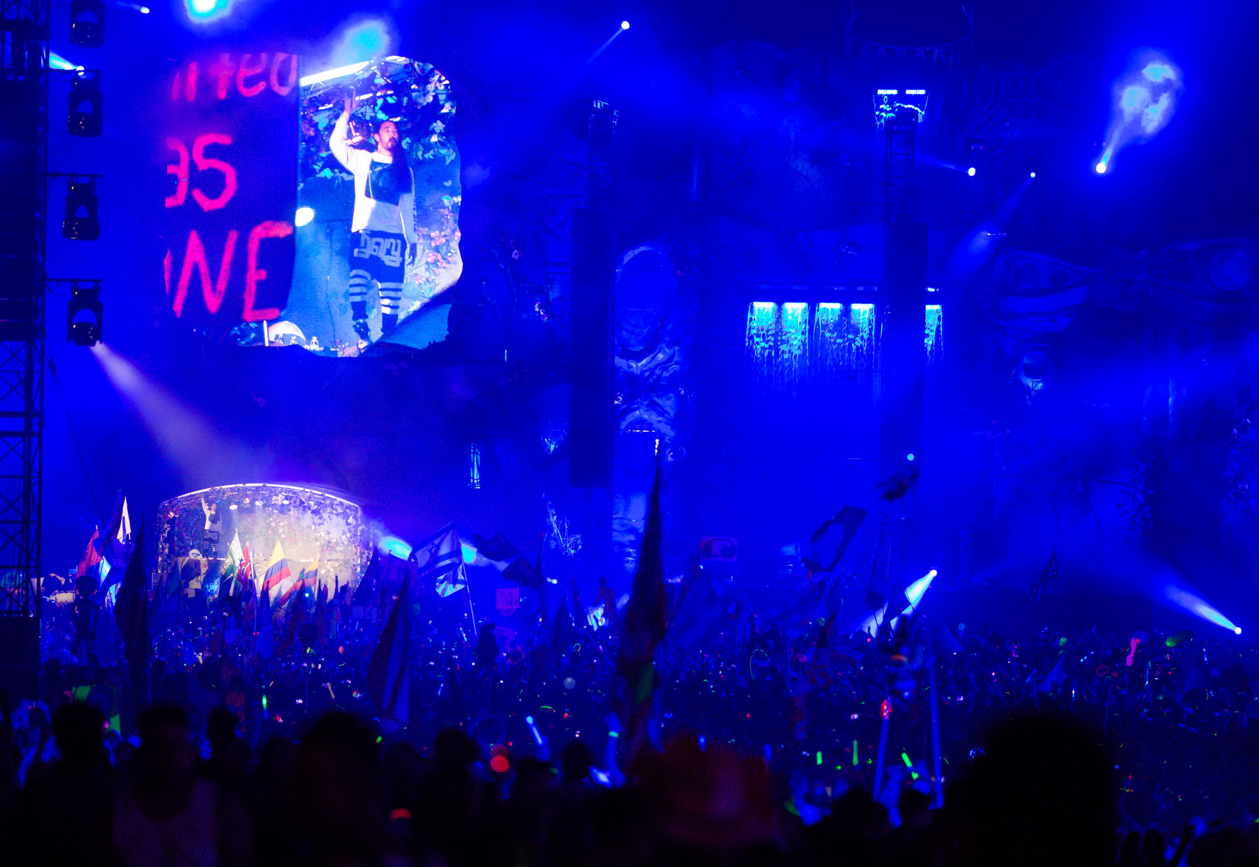 tomorrowworld2-25